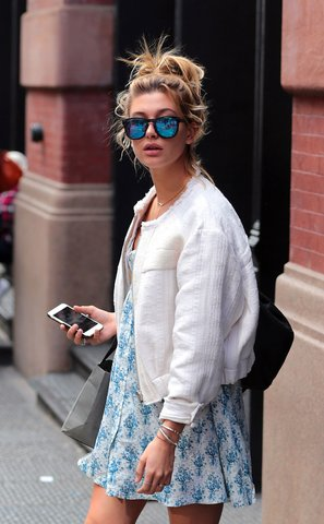 Hailey Baldwin Top Knot