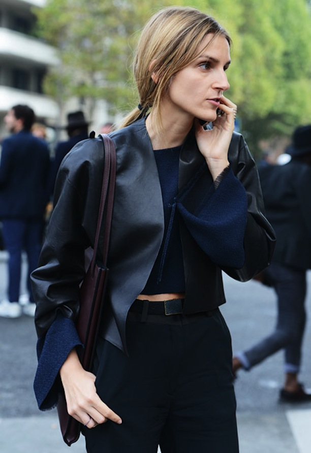 STREET STYLE NAVY AND BLACK 2