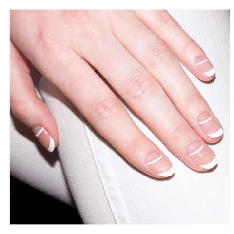 1472861177-elle-french-tip-nails-manicure-aliciatnails